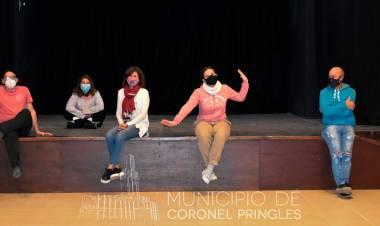 Inició el taller de teatro para Adultos