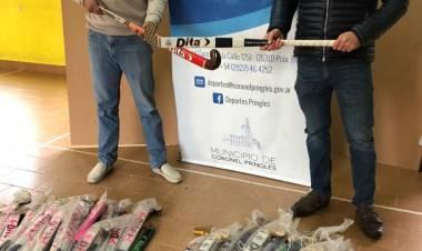 Deportes recibió donación de palos de Hockey