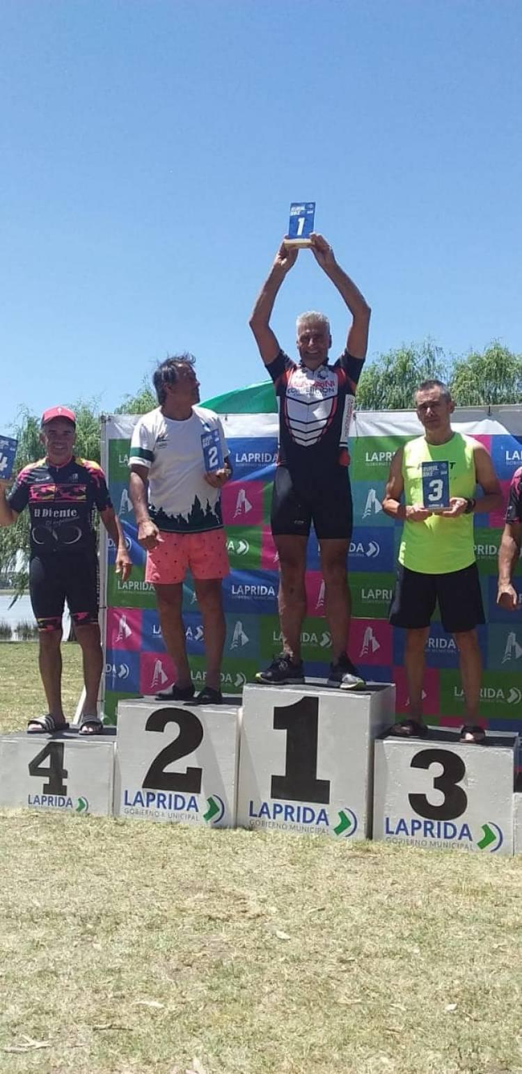 """""""Bochín"""" Mandrini hizo podio en la Rural Bike de Laprida"""